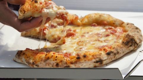 ピザの宅配※クリスマスに注文するなら予約はしておくべきなの?
