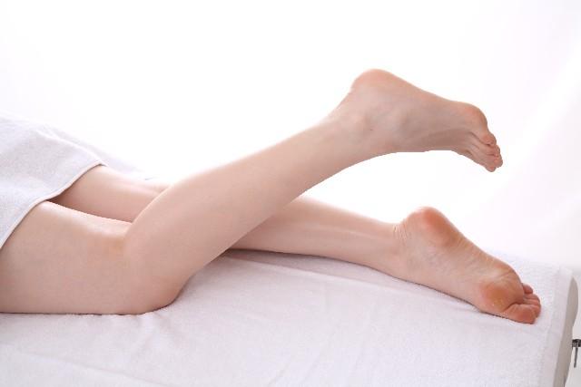 足がつるのは何が原因!?病気の可能性もあるって本当なの?