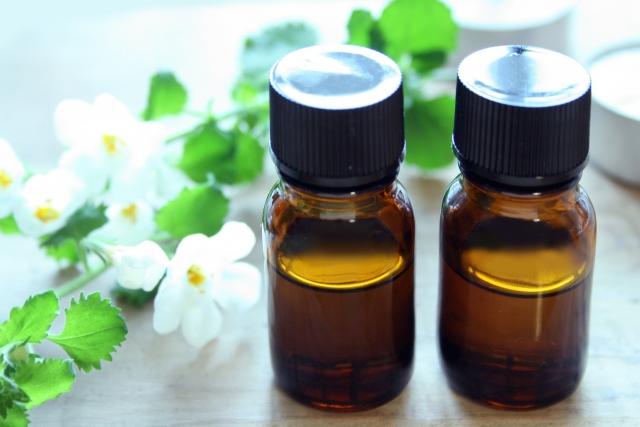 花粉症☆エッセンシャルオイルのレシピ紹介♪自分の好きな香りを!