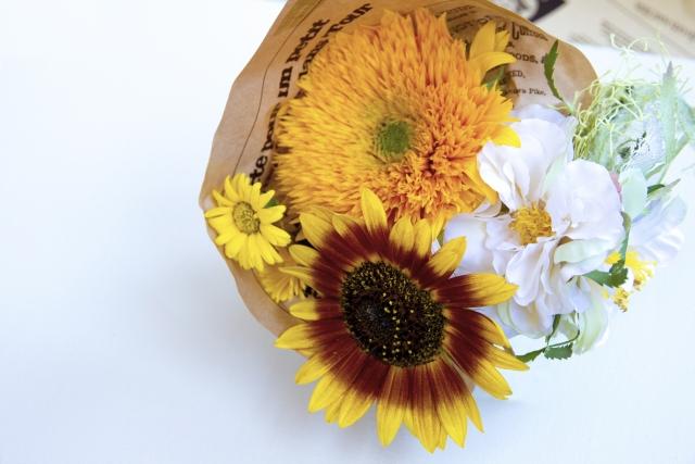 父の日に花やスイーツの贈り物をするならどのような物が良い?